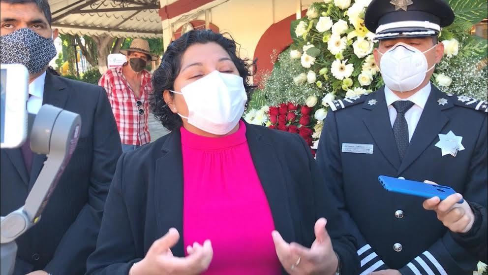 """""""No pueden defender lo indefendible"""", sostiene Karina Pérez contra Huepa"""