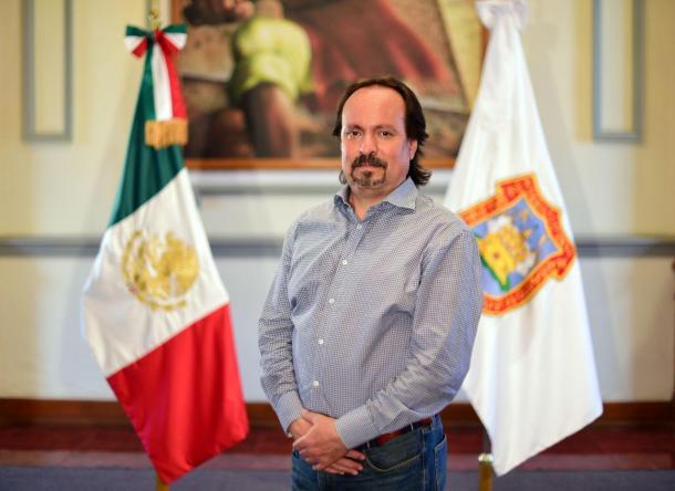 Enrique Glockner Corte, titular de la Secretaría de Bienestar municipal.
