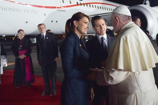FOTOS Entre mariachis concluye la visita del Papa Francisco a México 831fb6196f3