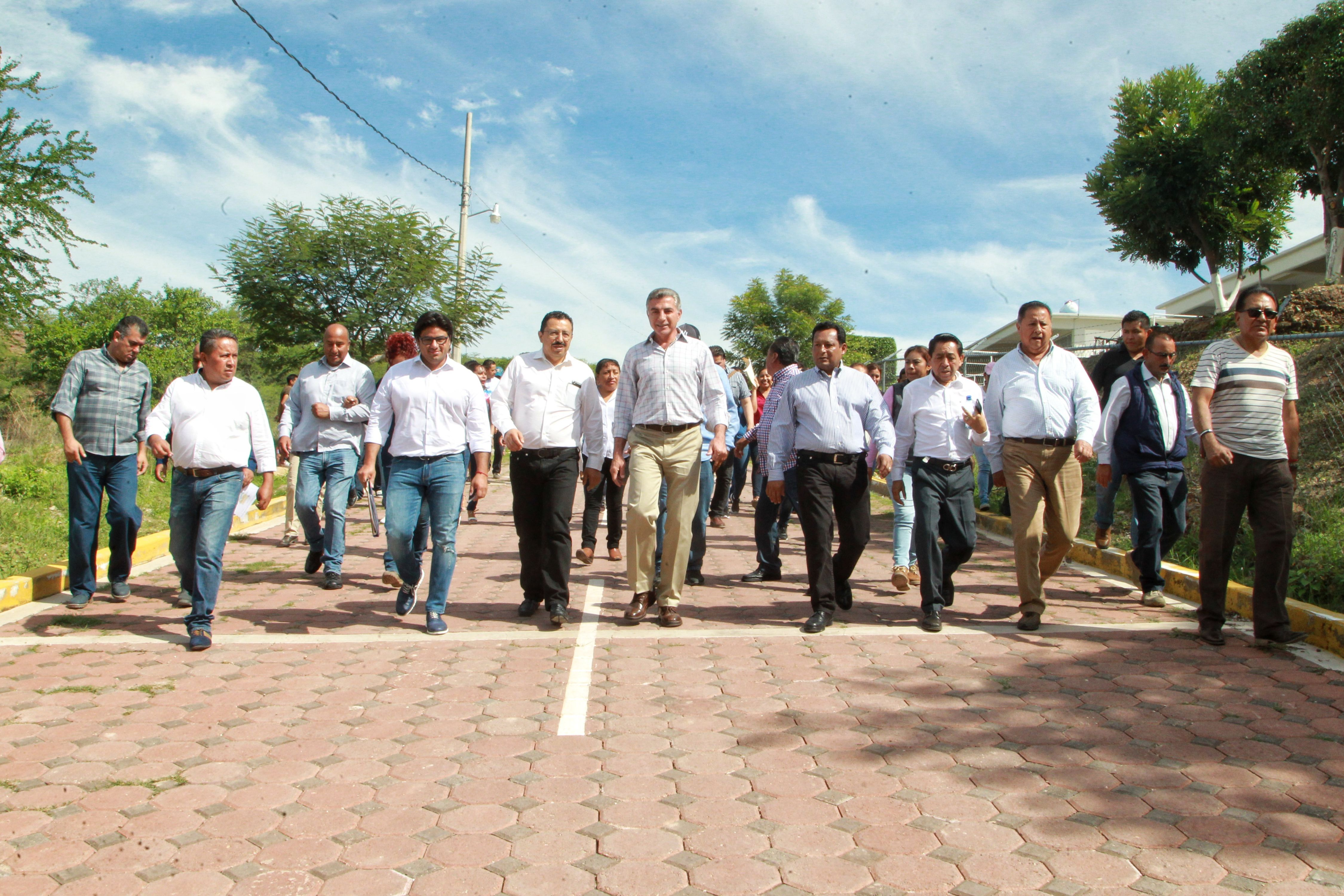 Rehabilitan infraestructura educativa en Tulcingo de Valle