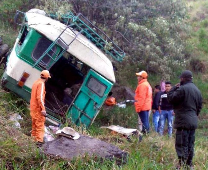 Ascendió a 8 número de muertos en accidente de autobús en Colombia