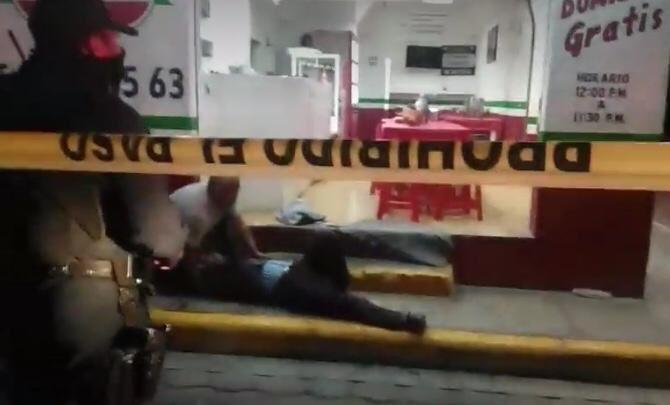 Suman dos los muertos por el asalto a pizzería en Tehuacán