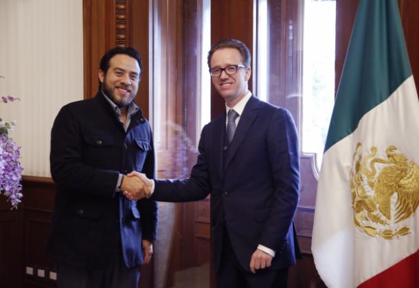 03/2016: Fue nombrado coordinador de los regidores del Ayuntamiento de Puebla