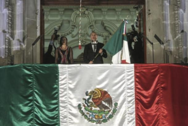 09/2011: Moreno Valle Rosas removió a Eduardo Rivera del Grito