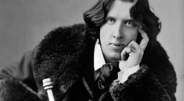 Oscar Wilde, escritor fructífero que dejó huella con sus creaciones