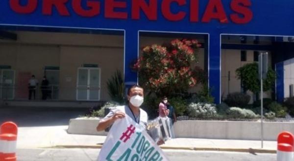 Fallece por Covid-19 doctor que donaba caretas en IMSS Puebla