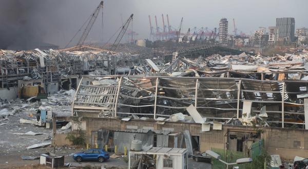 Más de 2 mil 500 toneladas de nitrato de amonio provocaron explosión en Beirut