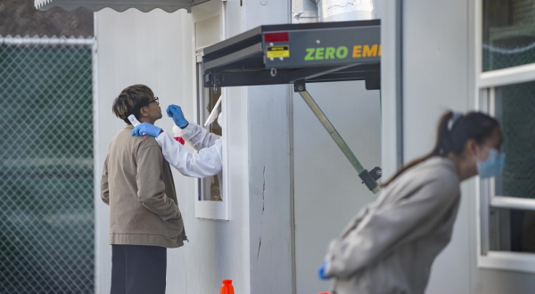 Registra Estados Unidos más de 100 mil nuevos casos Covid-19 por vigesimoséptimo día consecutivo