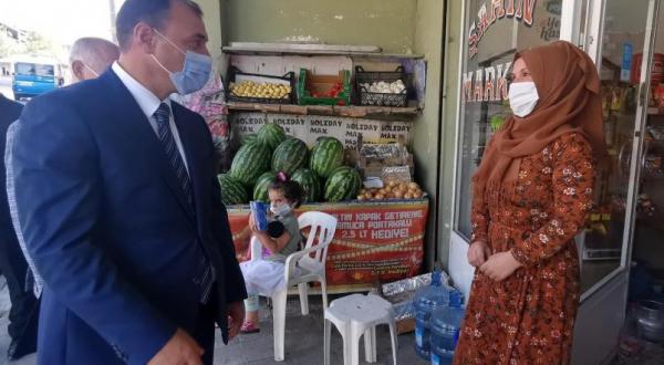 Castigarán con lectura de 10 libros a quienes no usen cubrebocas en Turquía