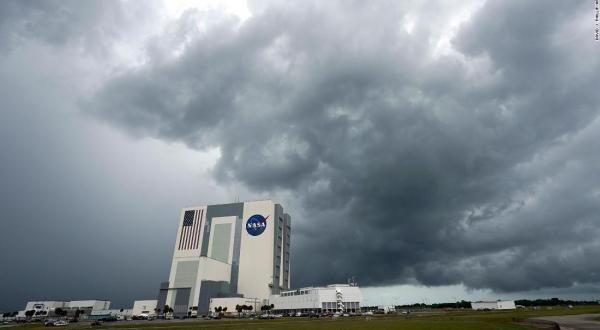 Cancelan NASA y SpaceX lanzamiento debido al mal tiempo