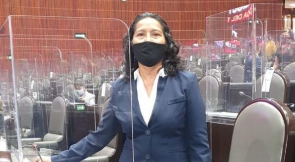 El mundo al revés: Diputada de Morena confiesa soborno de 20 mil pesos en discurso para acabar con la corrupción