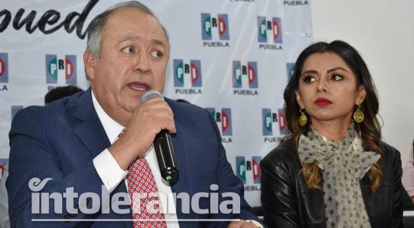 Inician las renuncias en el PRI, Marisol Calva abandona el partido