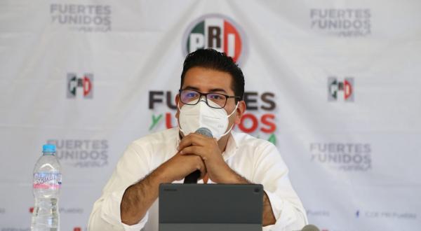 El PRI irá en alianza solo si se beneficia a Puebla, advierte Camarillo