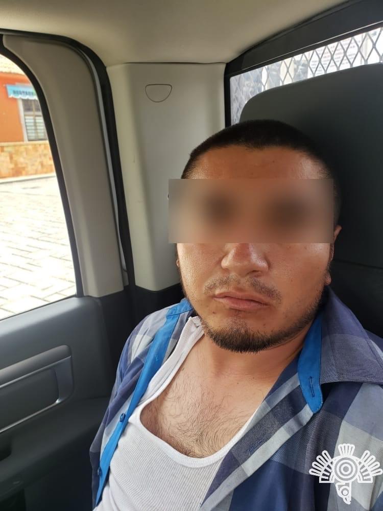Detienen a 'El Lonche' presunto homicida de policía en Ahuatempan