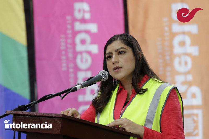 Gabriel Biestro le debe una disculpa a las feministas: Claudia Rivera Vivanco