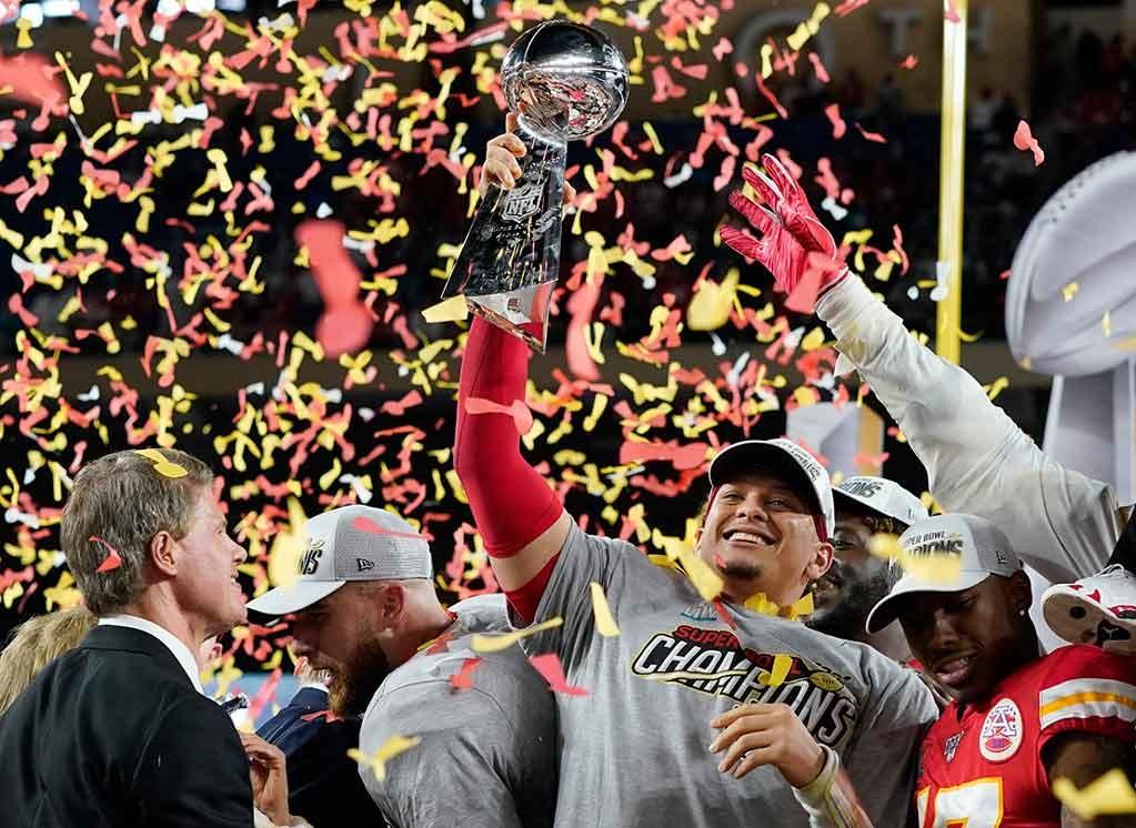 Chiefs de Kansas City y Patrick Mahomes se llevan el Super Bowl LIV