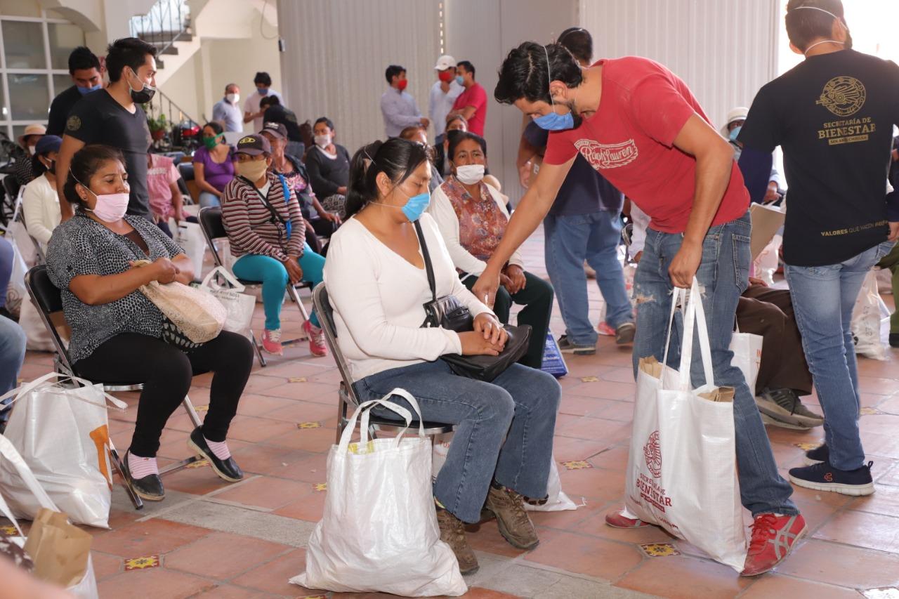 Despensas y apoyos económicos salvan a miles en San Andrés Cholula