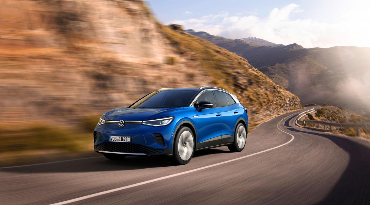 Volkswagen presenta su SUV ID4. 1 para competir en el segmento de autos totalmente eléctricos