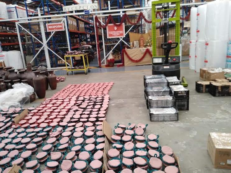 Impulsan comercialización de artesanías en Tecali